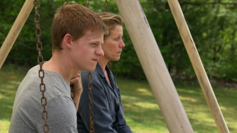 Three-Billboards-Outside-Ebbing-Missouri-6-Lucas-Hedges-and-Frances-McDormand
