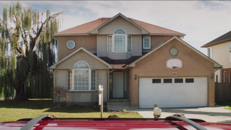 poltergeist-house-listing-hed-2015