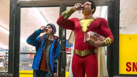 https---blogs-images.forbes.com-scottmendelson-files-2018-07-Shazam-movie-official-costume-image-cropped-1200x674